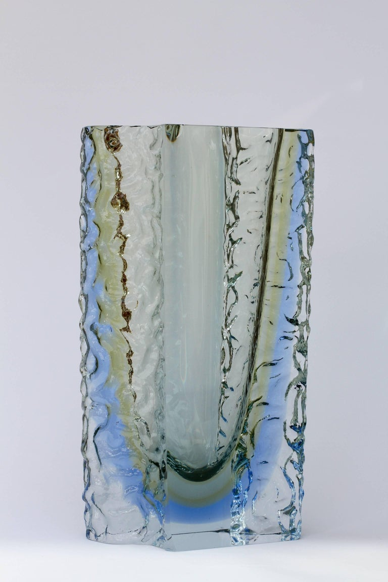 Large vintage Mid-Century Murano art glass vase attributed to Mandruzzato, circa 1980s. The combination of ocean blue and the textured clear 'Sommerso' ice glass is simply mesmerising.   Stunning in every way this piece of italian art glass is a