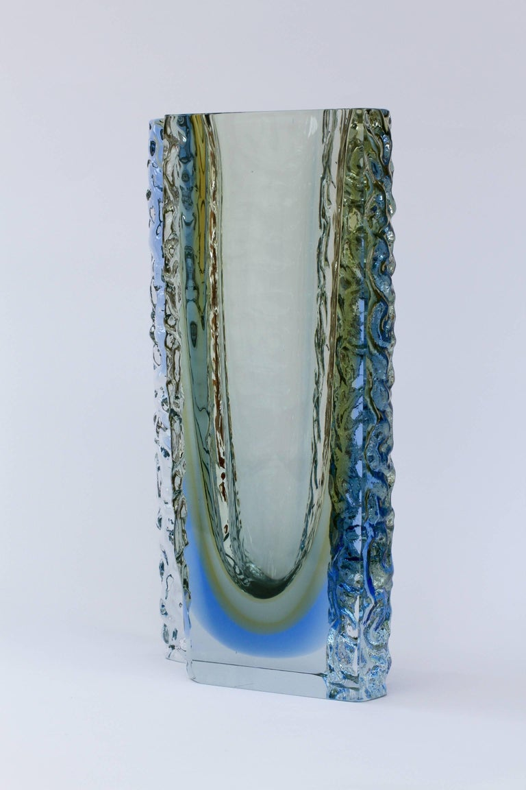 Italian Large Textured Murano 'Sommerso' Blue Ice Glass Vase Attributed to Mandruzzato For Sale