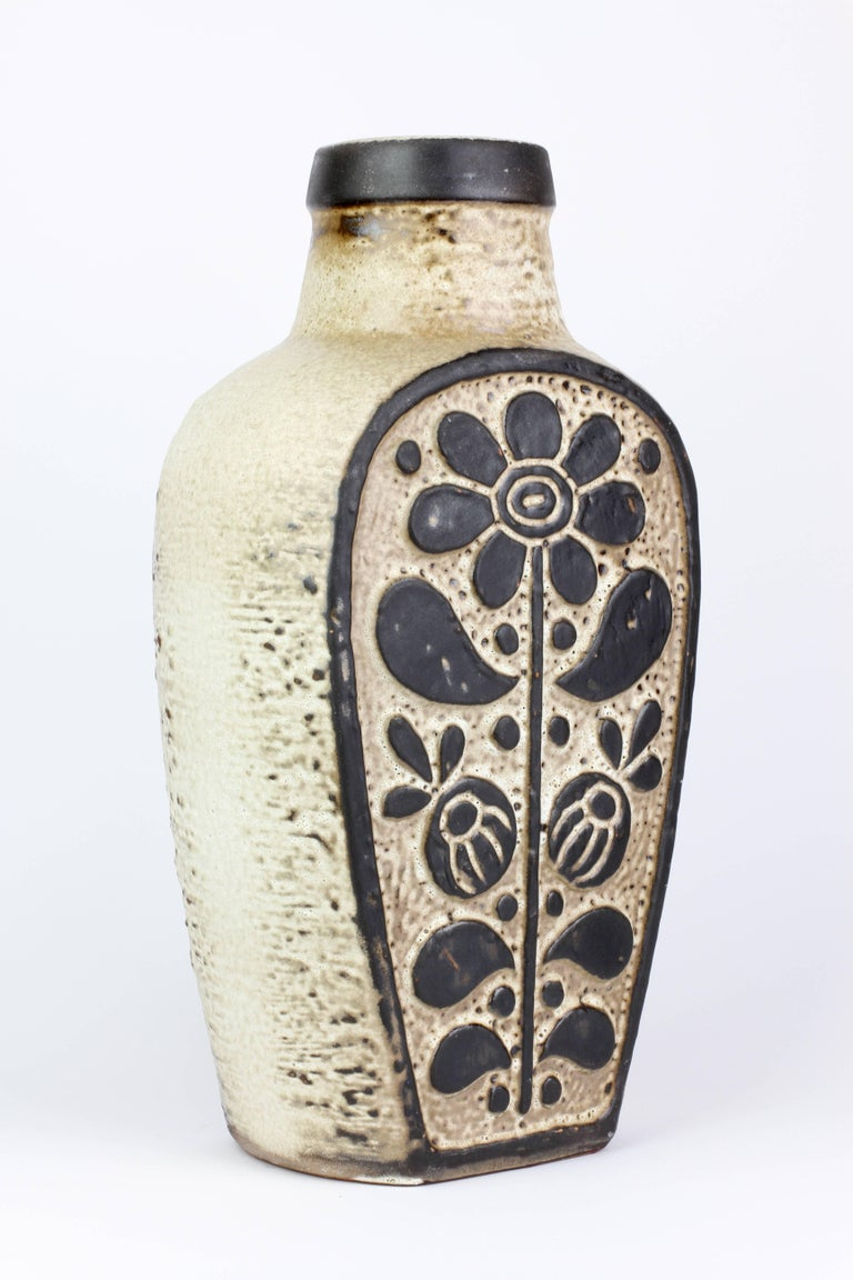 Embossed Mid-Century Modern West German Pottery Vase by Dieter Peter for Carstens For Sale