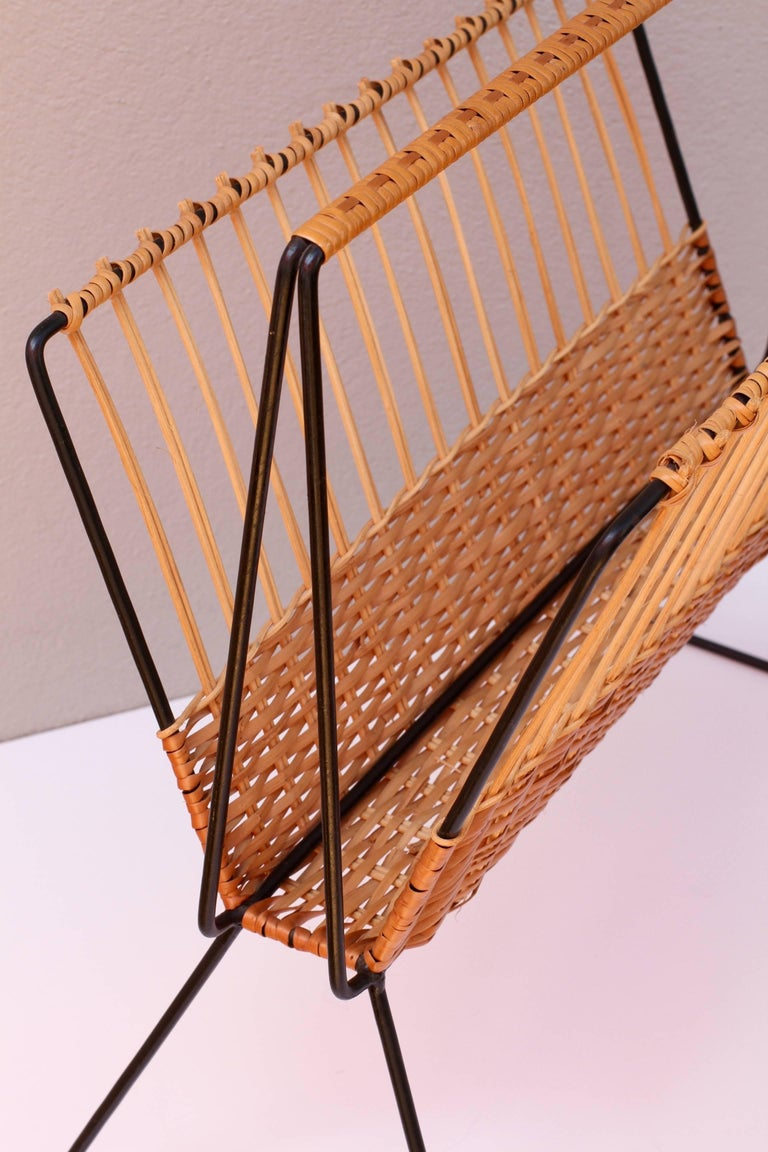 Mid-Century Modernist Wicker Magazine Rack Stand Attributed to Carl Auböck For Sale 1
