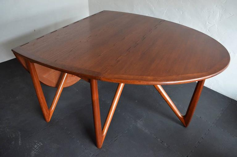 Scandinavian Modern Kurt Østervig Niels Kofoed Drop Leaf Teak Oval Dining Table Denmark