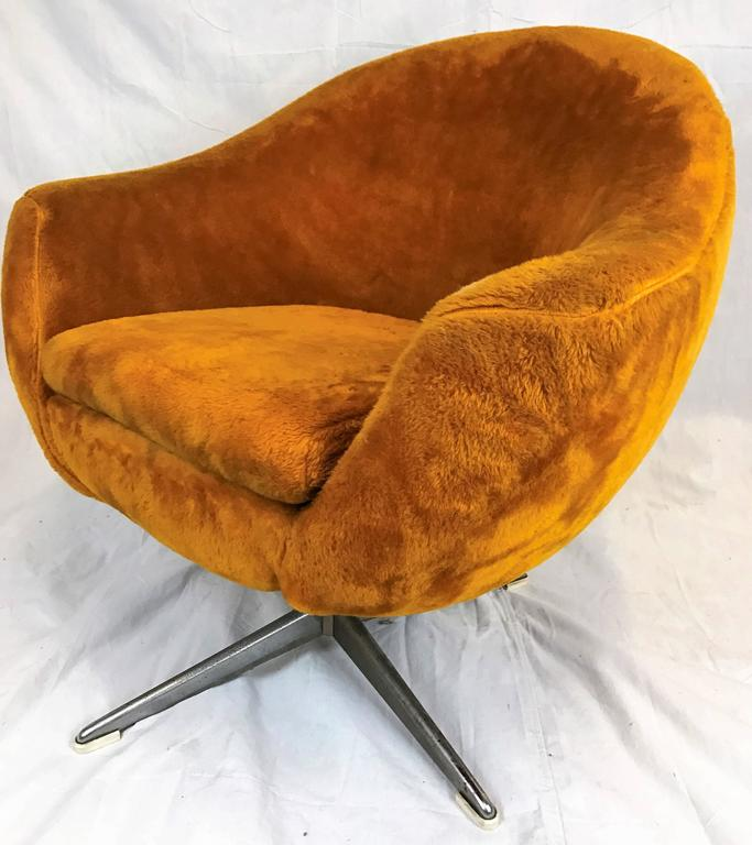 Beautiful Vintage Overman Modern Style Swivel Pod Chair In Gold Plush Upholstery On  Chrome Swivel Base.