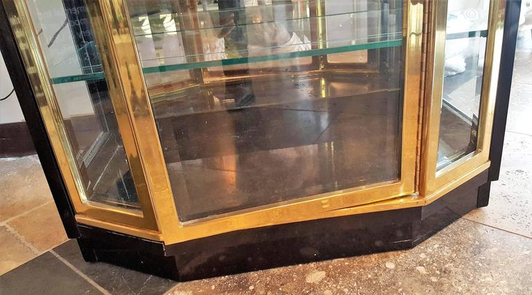 Pair of Mid-Century Brass and Lacquer Display Cabinets by Henredon 6