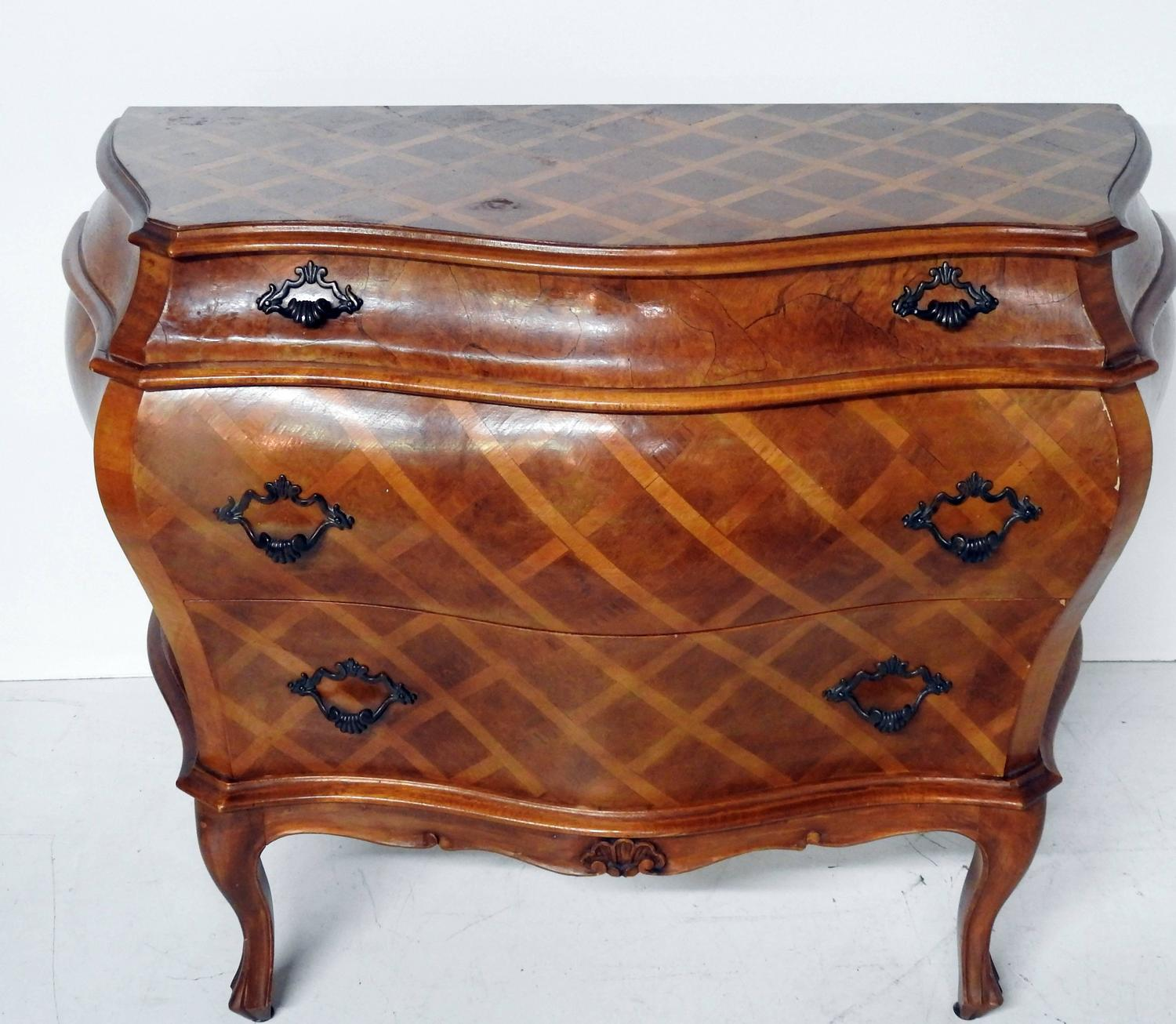 Italian olive wood parquetry commode at 1stdibs for Z furniture philadelphia