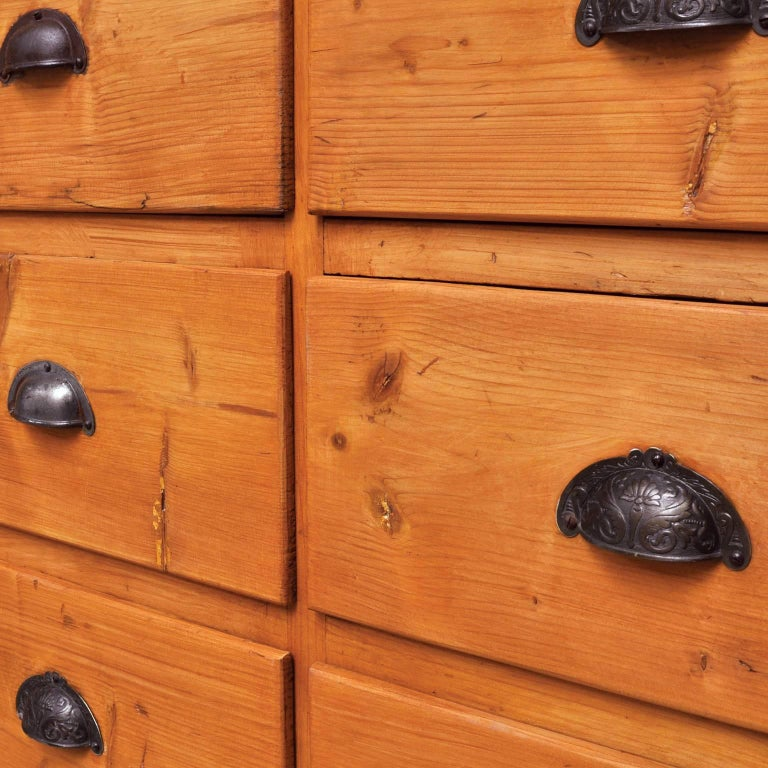 Mid-20th Century Vintage Pine Chest of Drawers, 1940s For Sale