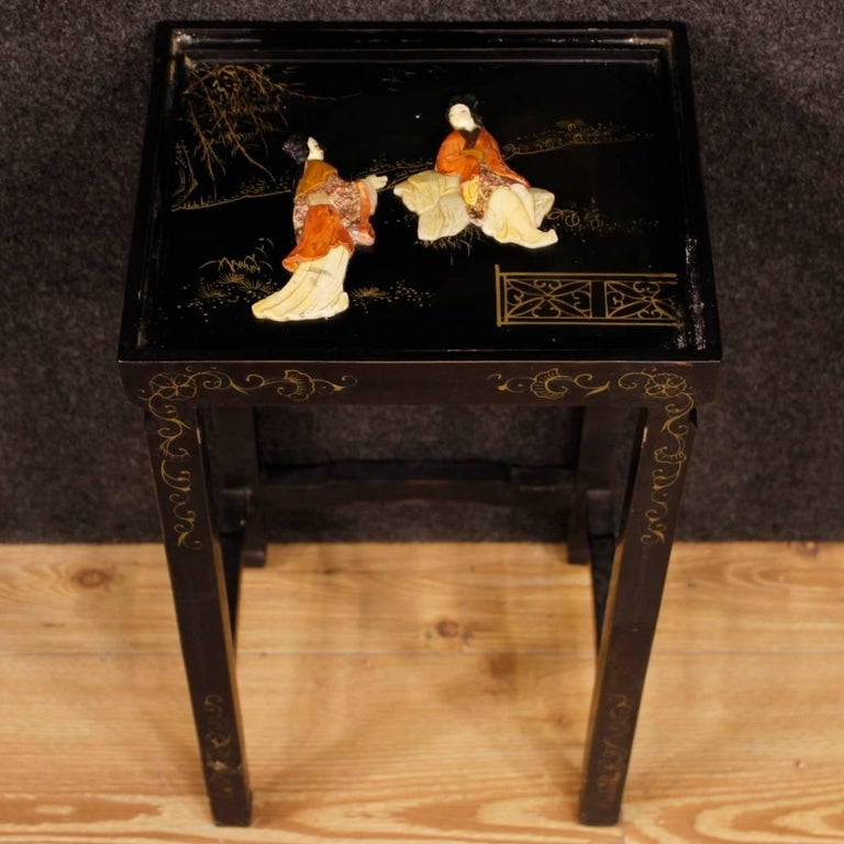 Set of Four French Black Side Tables in Lacquered Chinoiserie Wood, 20th Century For Sale 4