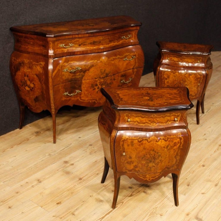 Italian Inlaid Chest Of Drawers In Wood In Louis XV Style 20th Century 2