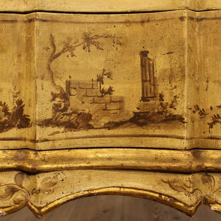 20th Century Venetian Lacquered, Painted and Gilded Dresser 2