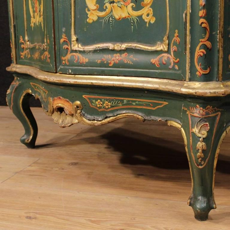 20th Century, Venetian Lacquered and Painted Sideboard For Sale 2