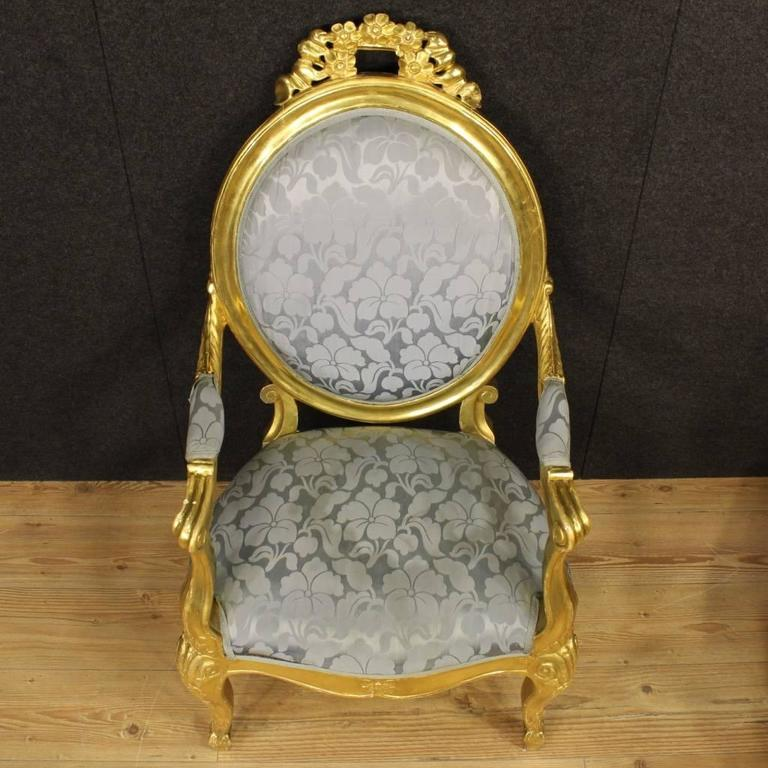 20th Century Pair of Italian Golden Armchairs with Floral Fabric For Sale 5