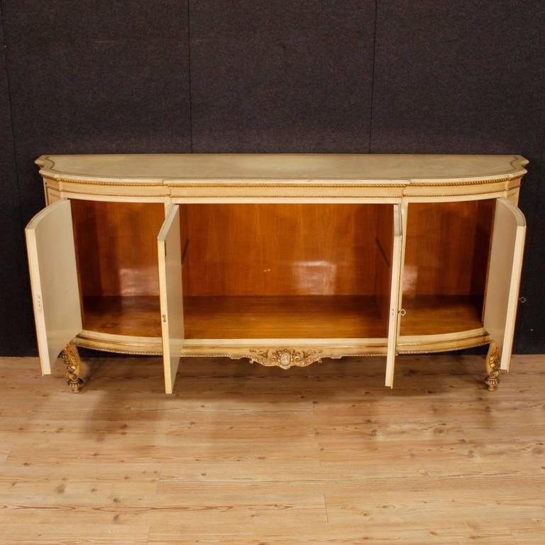 20th Century Italian Sideboard in Lacquered and Giltwood For Sale 5