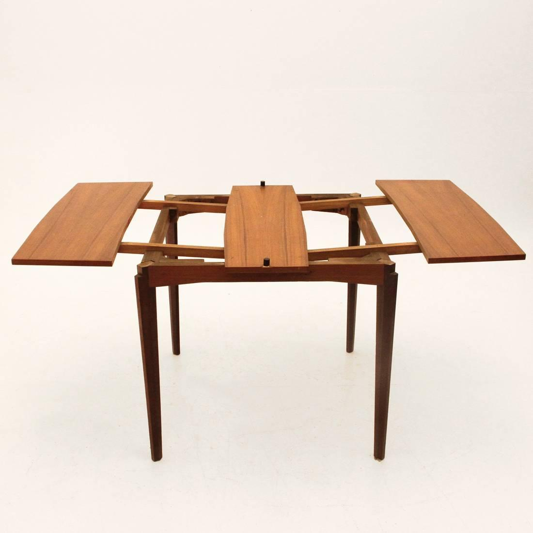 italian folding dining table 1950s for sale at 1stdibs. Black Bedroom Furniture Sets. Home Design Ideas