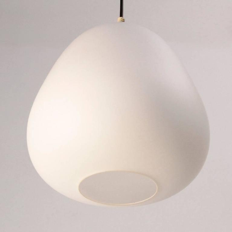 Set of two 1950s Italian Pendant Lamps with Opaline Glass In Good Condition For Sale In Savona, IT