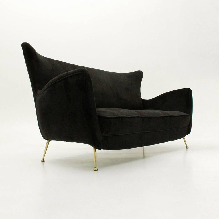 Mid-Century Modern Italian Three-Seat Black Velvet Sofa with Brass Legs, 1950s For Sale