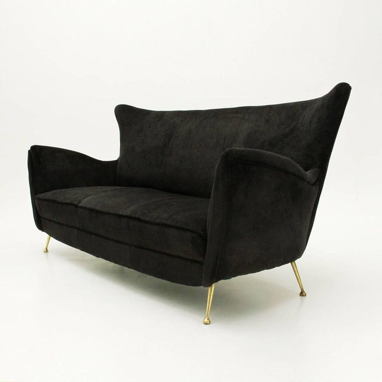 Mid-20th Century Italian Three-Seat Black Velvet Sofa with Brass Legs, 1950s For Sale