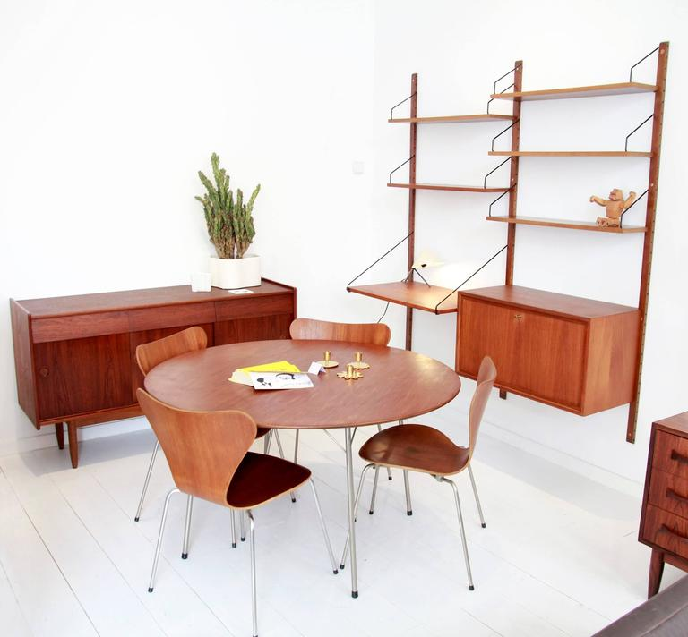 Danish Set of Four Arne Jacobsen Butterfly Plywood Chairs in Teak Model FH3107 4