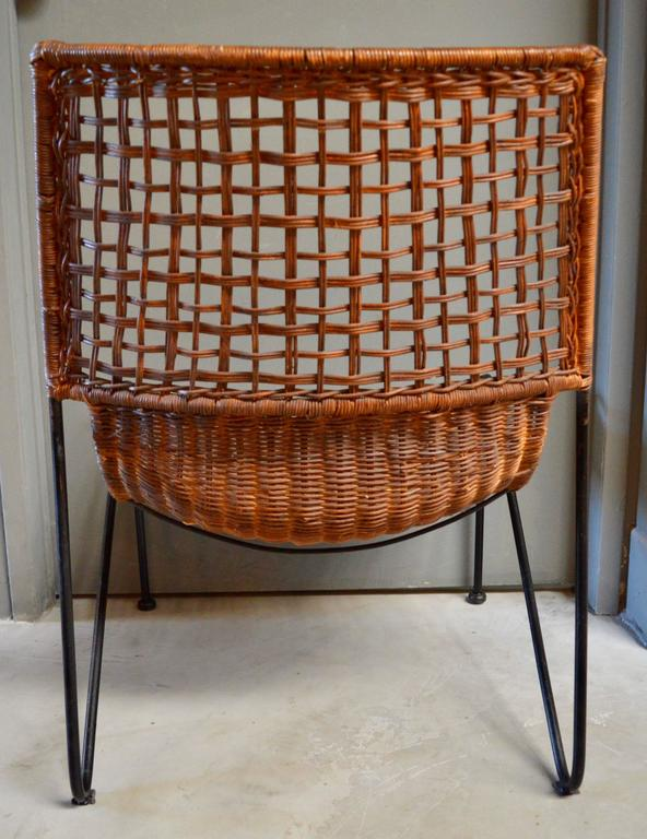 Sculptural Iron and Wicker Chairs in the style of Tempestini In Excellent Condition For Sale In Los Angeles, CA