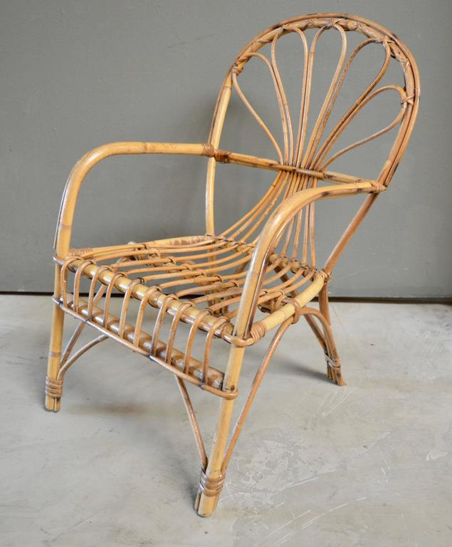 French Sculptural Rattan and Bamboo Children's Chair For Sale 1