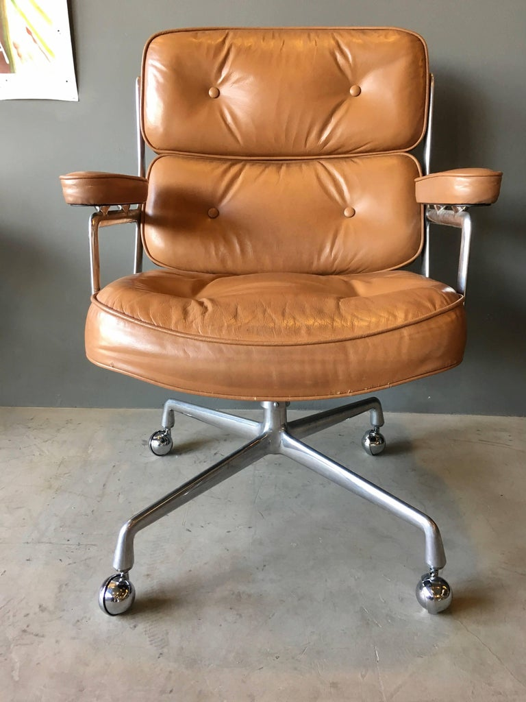 Vintage Tan Leather Time Life Chair At 1stdibs