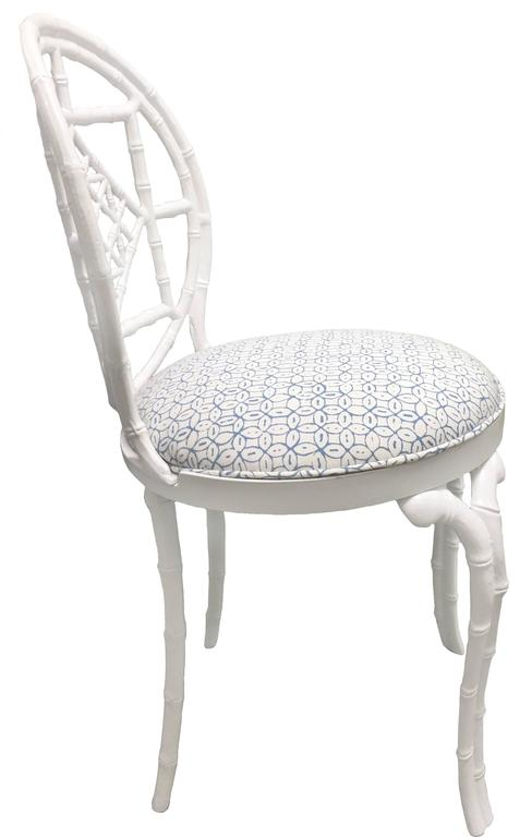 Pair of White Chinoiserie Metal Bamboo Quadrille Upholstered Chairs In Good Condition For Sale In Stamford, CT