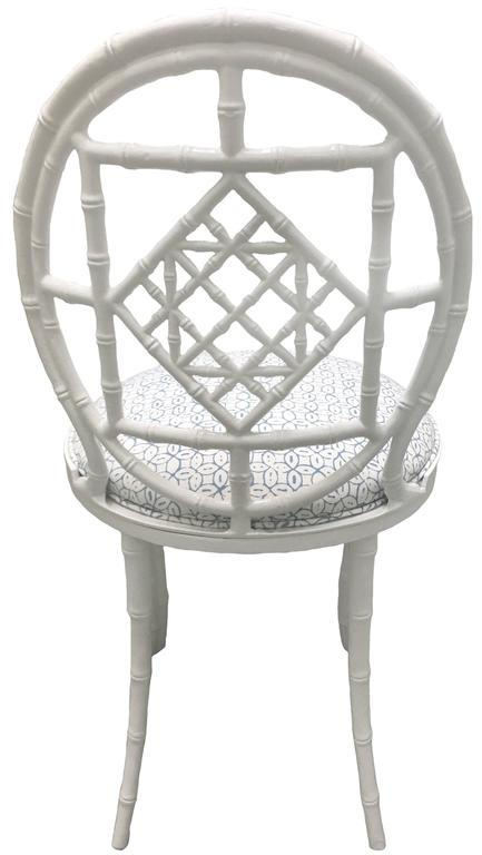 20th Century Pair of White Chinoiserie Metal Bamboo Quadrille Upholstered Chairs For Sale