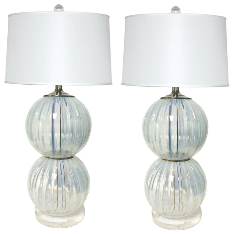 Pair of Midcentury Opalescent Murano Glass Lamps For Sale