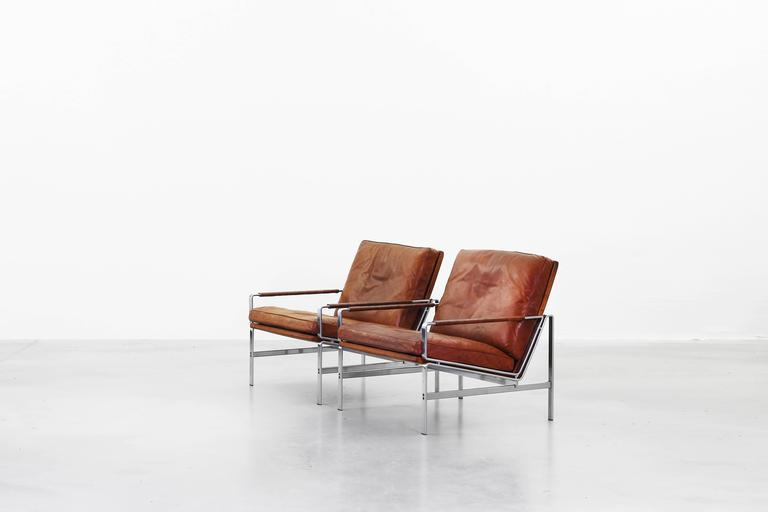 Pair of beautiful lounge chairs by fabricius and kastholm for Lounge chair kopie