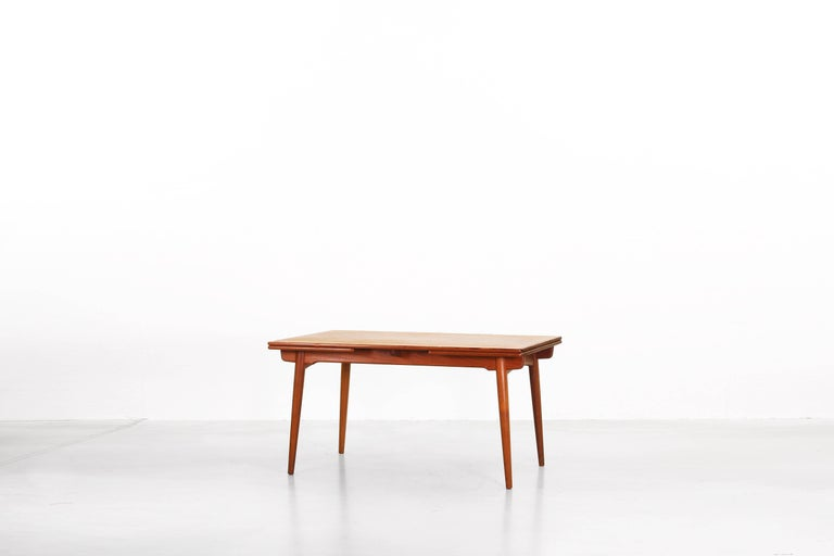 Dining Table by Hans J. Wegner for Andreas Tuck Denmark AT 312, Denmark, 1950s In Good Condition For Sale In Berlin, DE