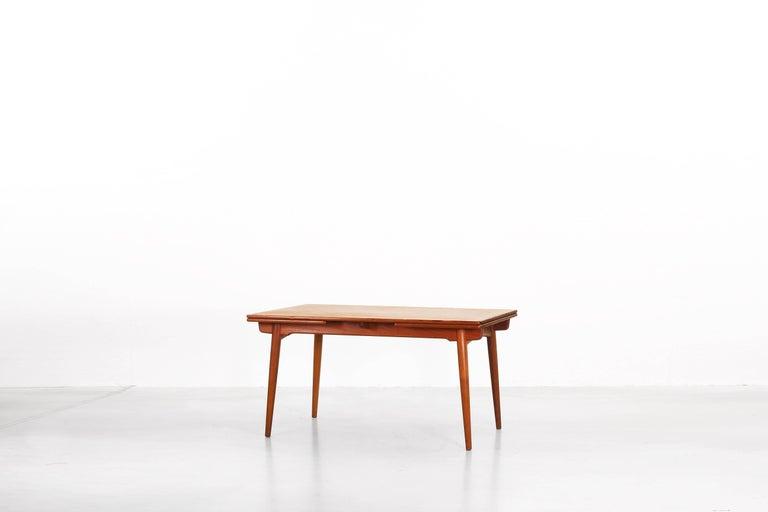 Dining Table by Hans J. Wegner for Andreas Tuck Denmark AT 312, Denmark, 1950s In Good Condition For Sale In Frankfurt, DE