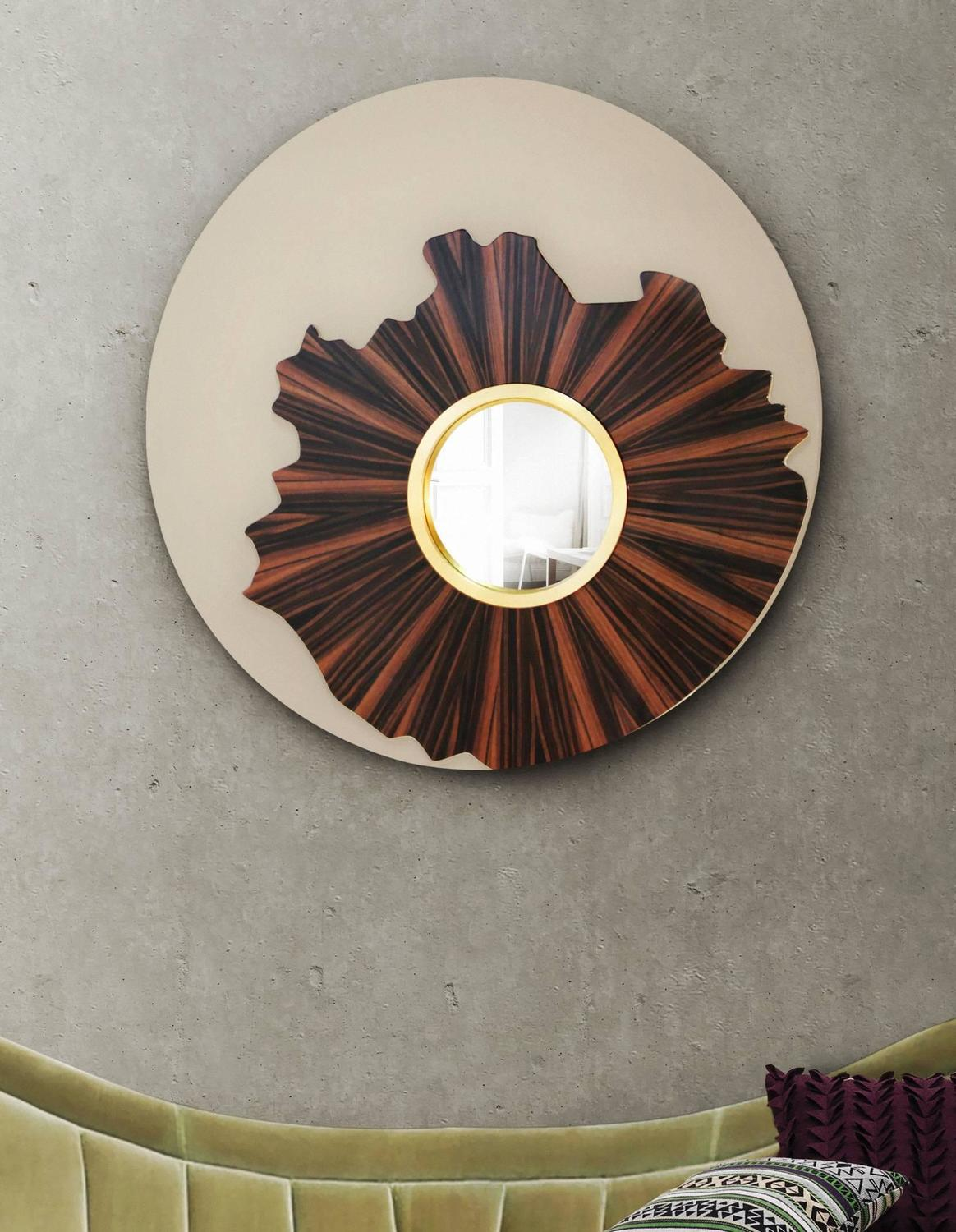 Large round lacquered timber gold wall mirror with convex for Large round gold mirror