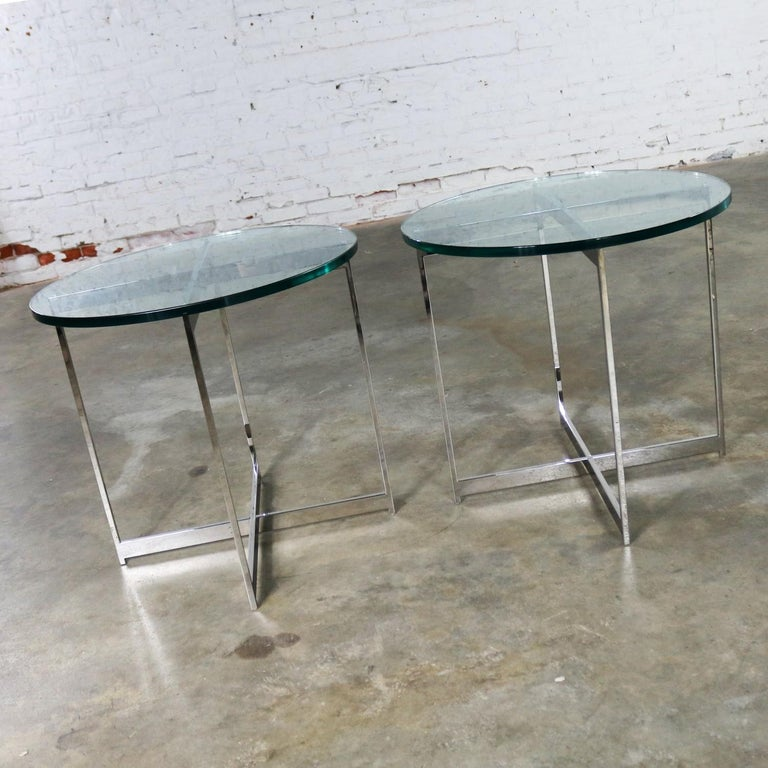 20th Century Pair of Chrome X-Base Round Glass Top Side Tables after Mies van der Rohe For Sale