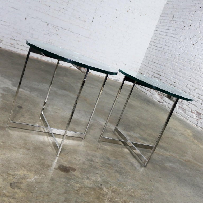 Pair of Chrome X-Base Round Glass Top Side Tables after Mies van der Rohe For Sale 1
