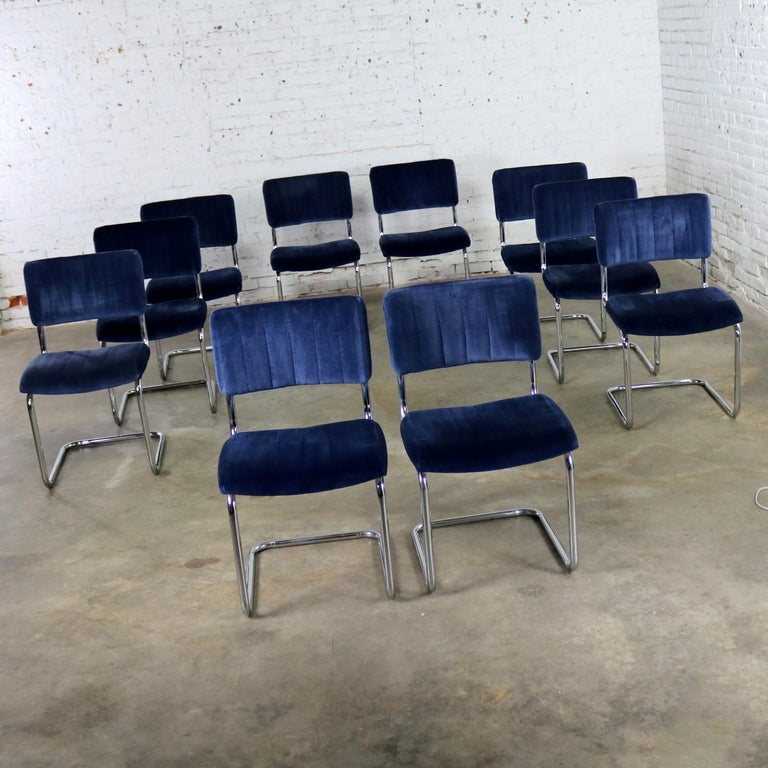 Mid-Century Modern Ten Cantilevered Chrome and Blue Velvet Dining Chairs after Marcel Breuer Cesca For Sale