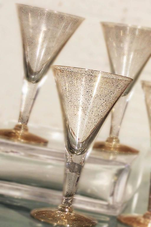 Dorothy c thorpe gold fleck small champagne flutes or wine glasses at 1stdibs - Petite flute a champagne ...