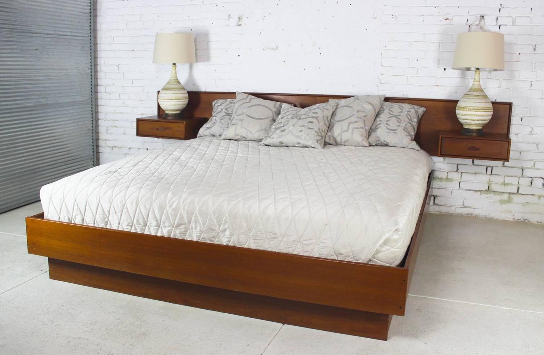 vintage scandinavian modern teak king platform bed with attached nightstands for sale at 1stdibs. Black Bedroom Furniture Sets. Home Design Ideas