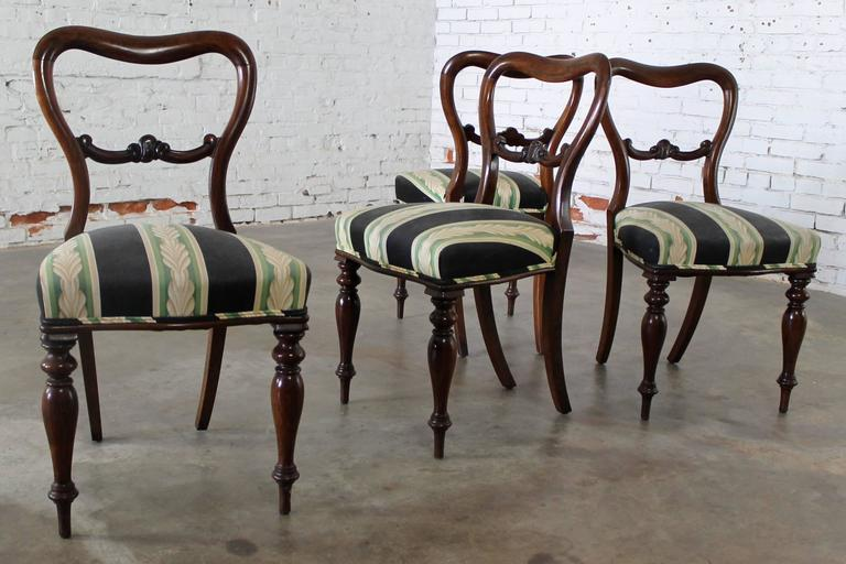 Set of Four Antique Victorian Rosewood Dining Chairs in the Manner of Gillows For Sale 6