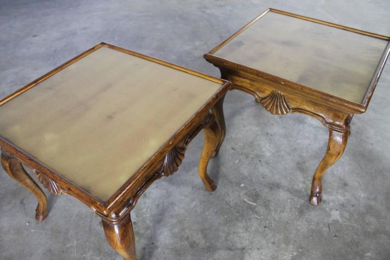 American Vintage Pair of Brittiany for Heritage Hooved Side Tables with Brass Insert Tops For Sale