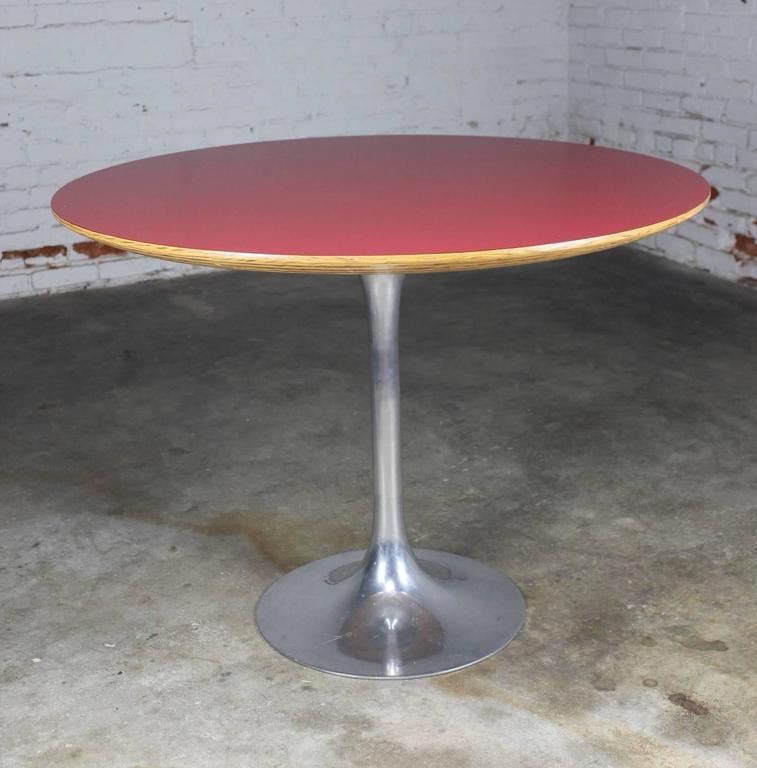 Saarinen Style Polished Aluminium Tulip Base Dining Table