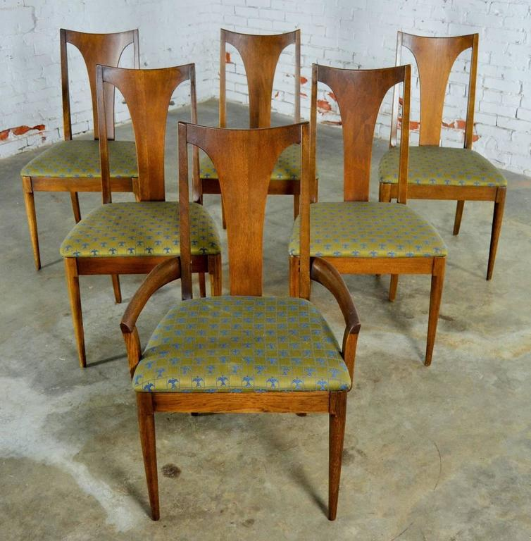 Wonderful Set Of Six Walnut Broyhill Brasilia Single Splat Dining Chairs,  One 6140 84