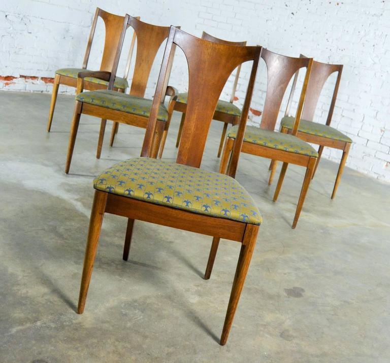 Mid century modern broyhill brasilia 6140 84 and 85 single for Broyhill american era bedroom furniture