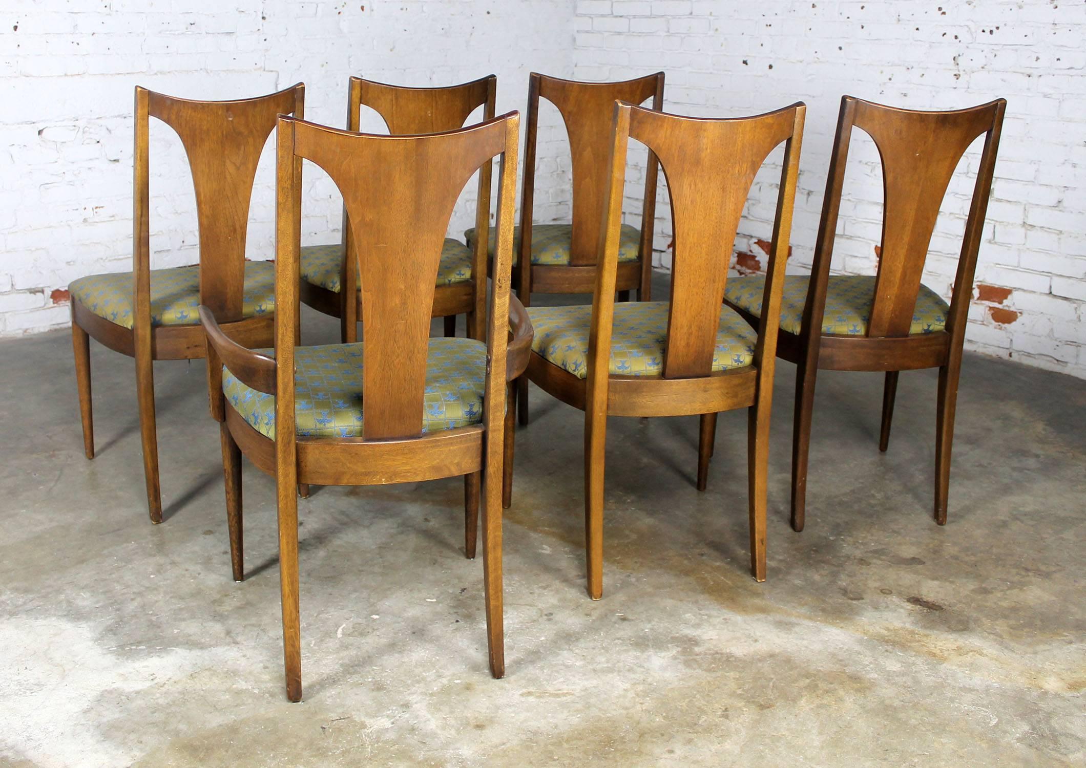 Mid Century Modern Broyhill Brasilia 6140 84 And 85 Single Splat Dining  Chairs At 1stdibs