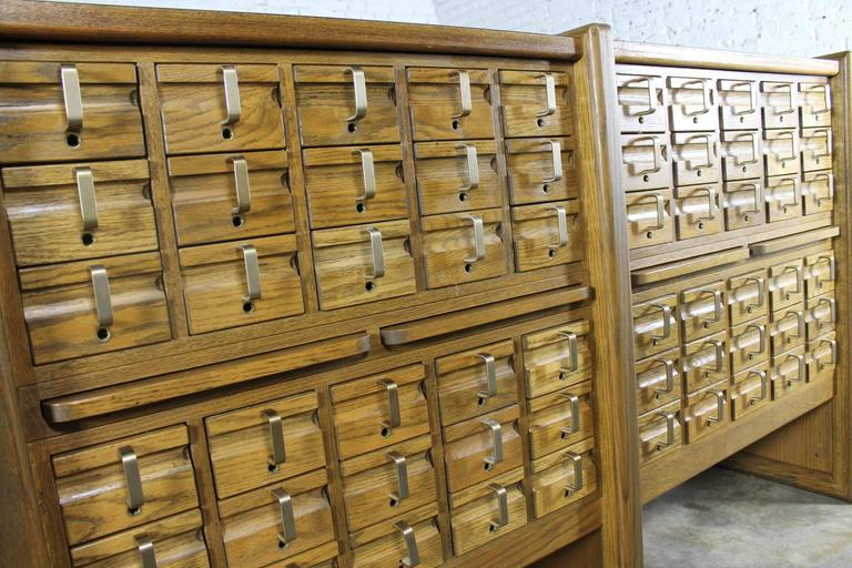 Bon Mid Century Modern Vintage Oak 60 Drawer Library Card Catalog Cabinet For  Sale
