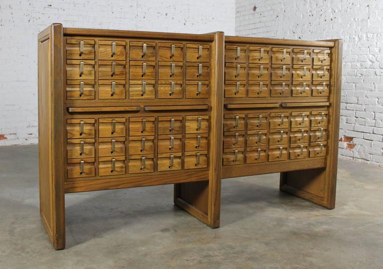 Vintage Oak 60-Drawer Library Card Catalog Cabinet For Sale 4