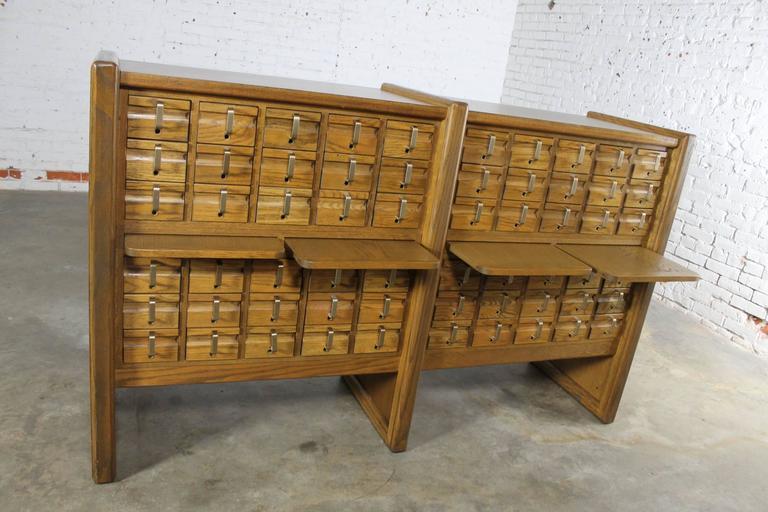 Vintage Oak 60-Drawer Library Card Catalog Cabinet For Sale 3