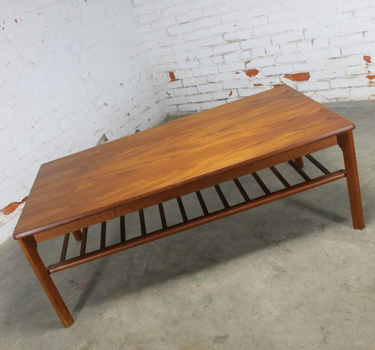 Vintage Mid Century Modern Small Coffee Table Cocktail: Vintage Danish Mid-Century Modern Coffee Table In Teak By
