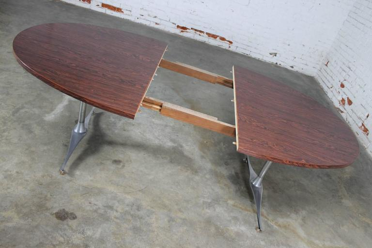Mid-Century Dinette Set, Oval Double Pedestal Table with Six Swivel Chairs For Sale 2
