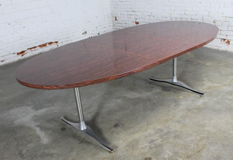 Mid-Century Dinette Set, Oval Double Pedestal Table with Six Swivel Chairs For Sale 3
