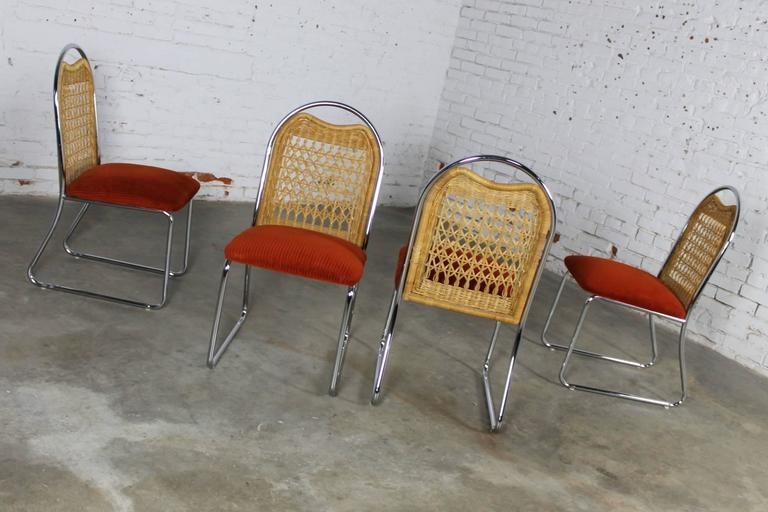 20th Century Mid-Century Daystrom Round Glass Chrome Dinette Table and Four Wicker Chairs For Sale