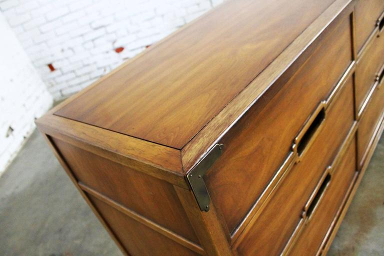 Compass by Drexel Six-Drawer Campaign Dresser, Vintage, Mid-Century For Sale 1
