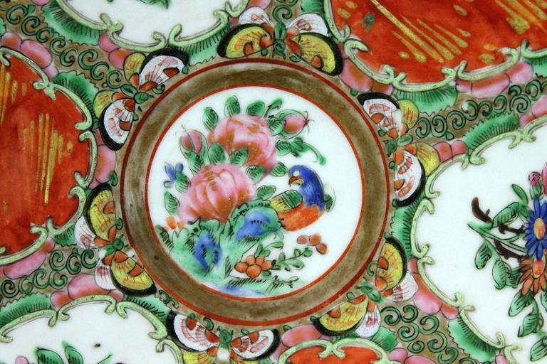 Large Antique Chinese Qing Rose Medallion Porcelain Charger Platter Traditional For Sale 2